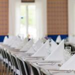 Dukat för bröllop i blå salen. Här finns plats för 120 sittande gäster